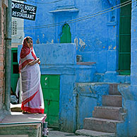 Woman wearing traditional sari in the blue city of Jodhpur, Rajasthan, India